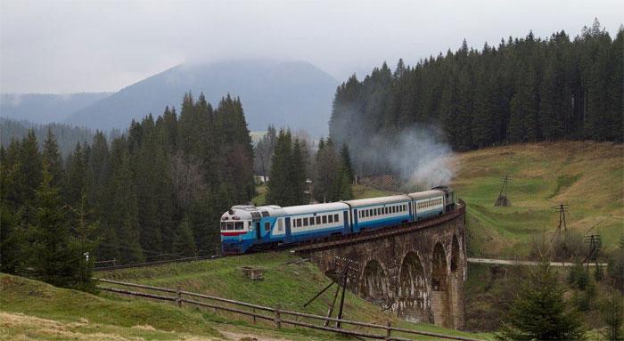 Найбільший кам'яний залізничний міст України