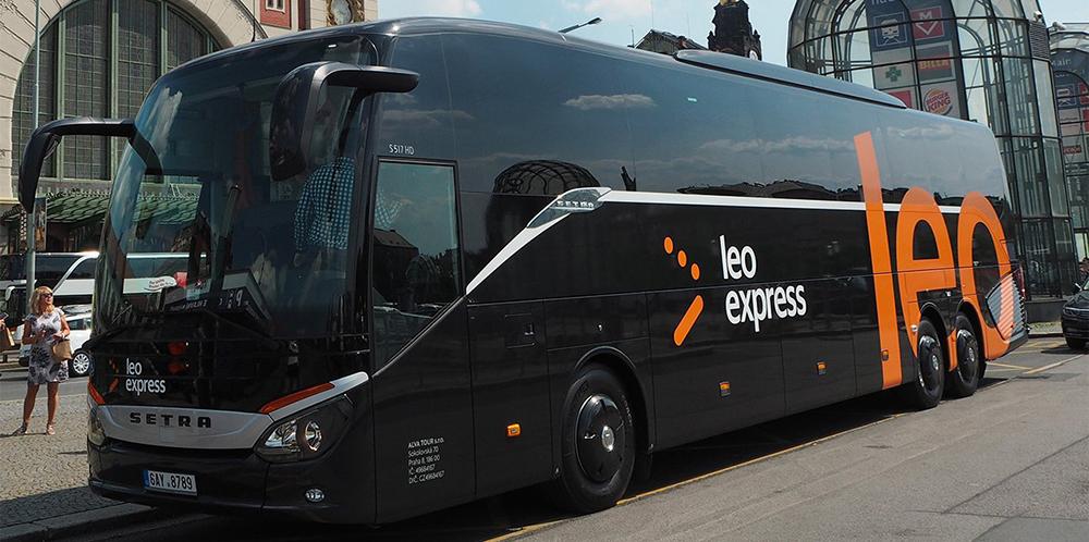 LeoExpres - автобусом в Європу