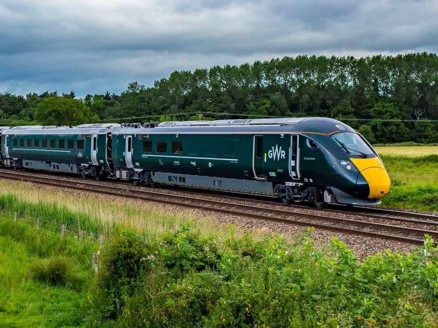 Train from London Paddington to Penzance