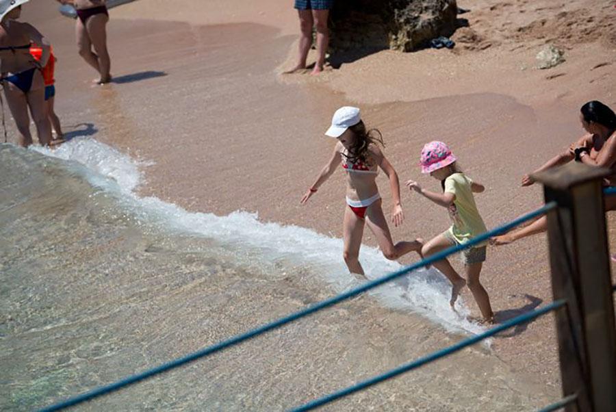 Otium Family Amphoras Beach