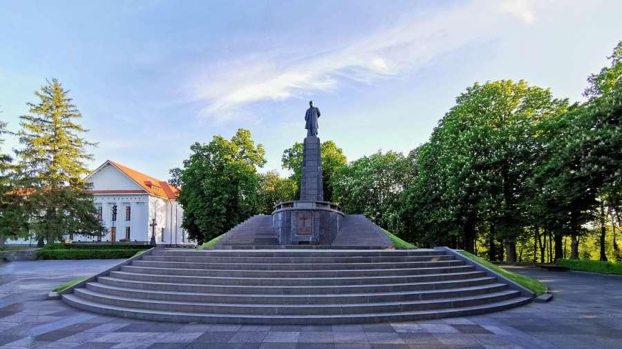 Могила Шевченка